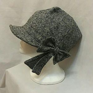 Grace Black Tweedy Cap Hat With Side Bow